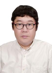 武知正晃 助理教授