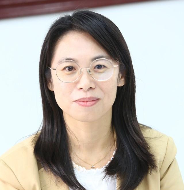 黃慧玲 副教授